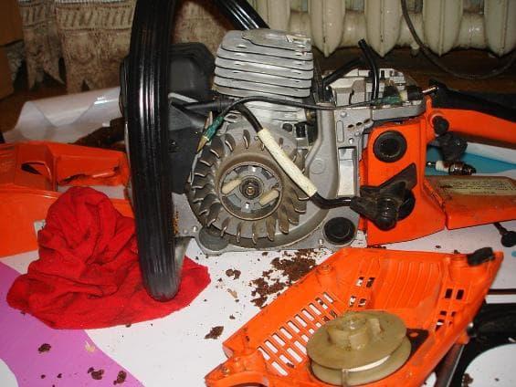 Мотор бензопилы