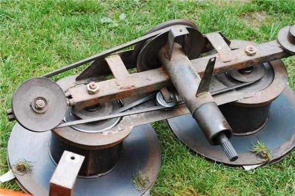 Роторная травокосилка для трактора