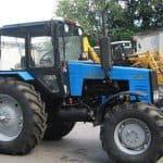 Трактор «МТЗ 1221» готов выполнить любую работу