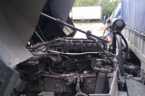 Двигатель МАЗа 500