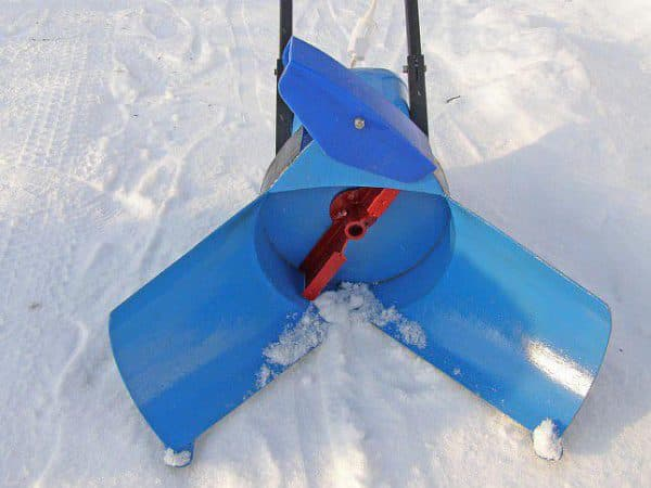 Снігоприбиральник саморобний