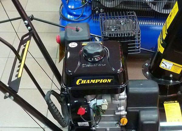 Двигатель G160HK