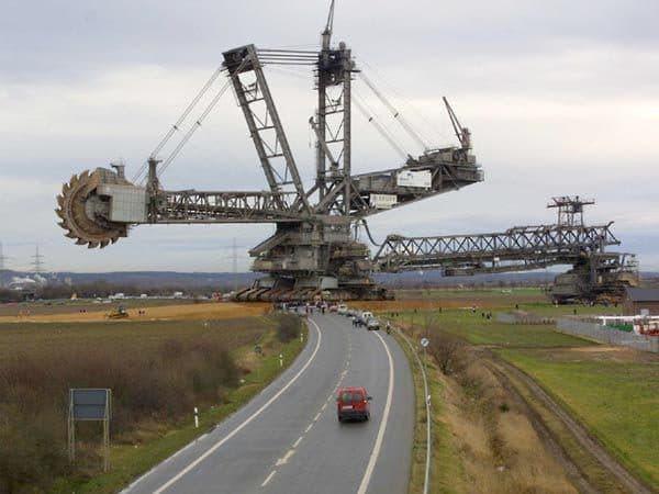 Роторный экскаватор-гигант