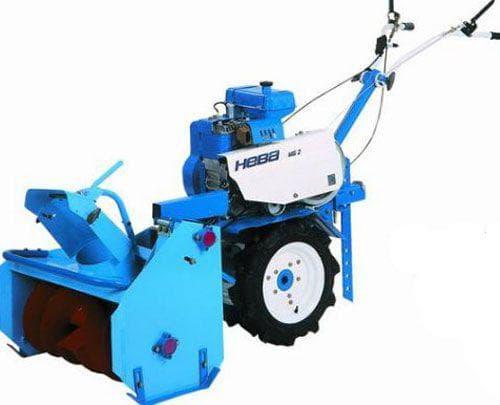 Снегоуборщик СМБ Нева особенности роторных и других снегоотбрасывателей выбор снегоуборочной приставки на мотоблок МБ-2 Как закрепить навесное оборудование