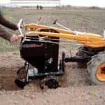 Картофелесажалка не роскошь, а средство повышения урожайности