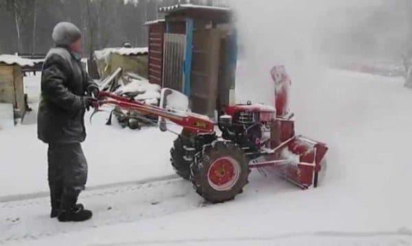 Покраска снегоуборщика